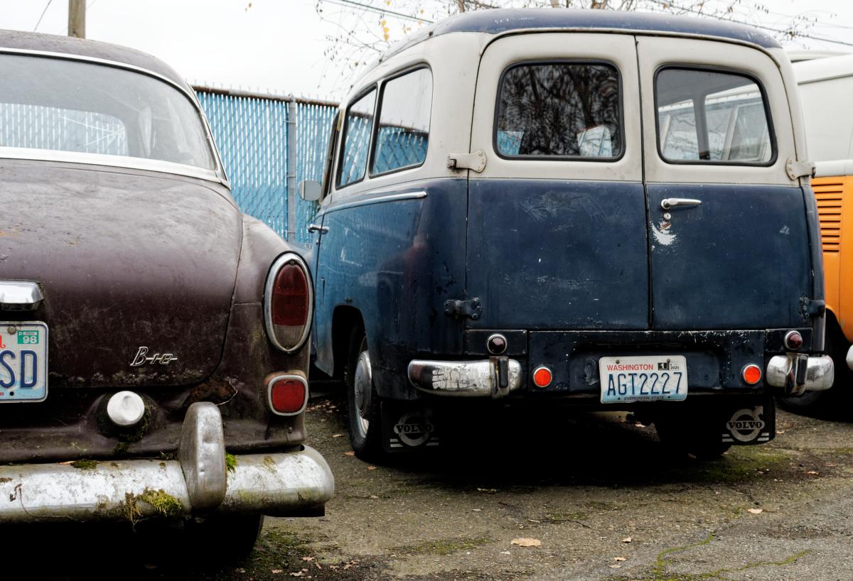 volvo b18 and van rear