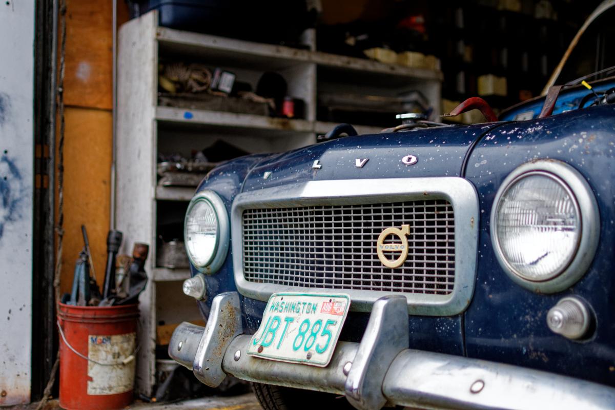 vintage blue volvo front