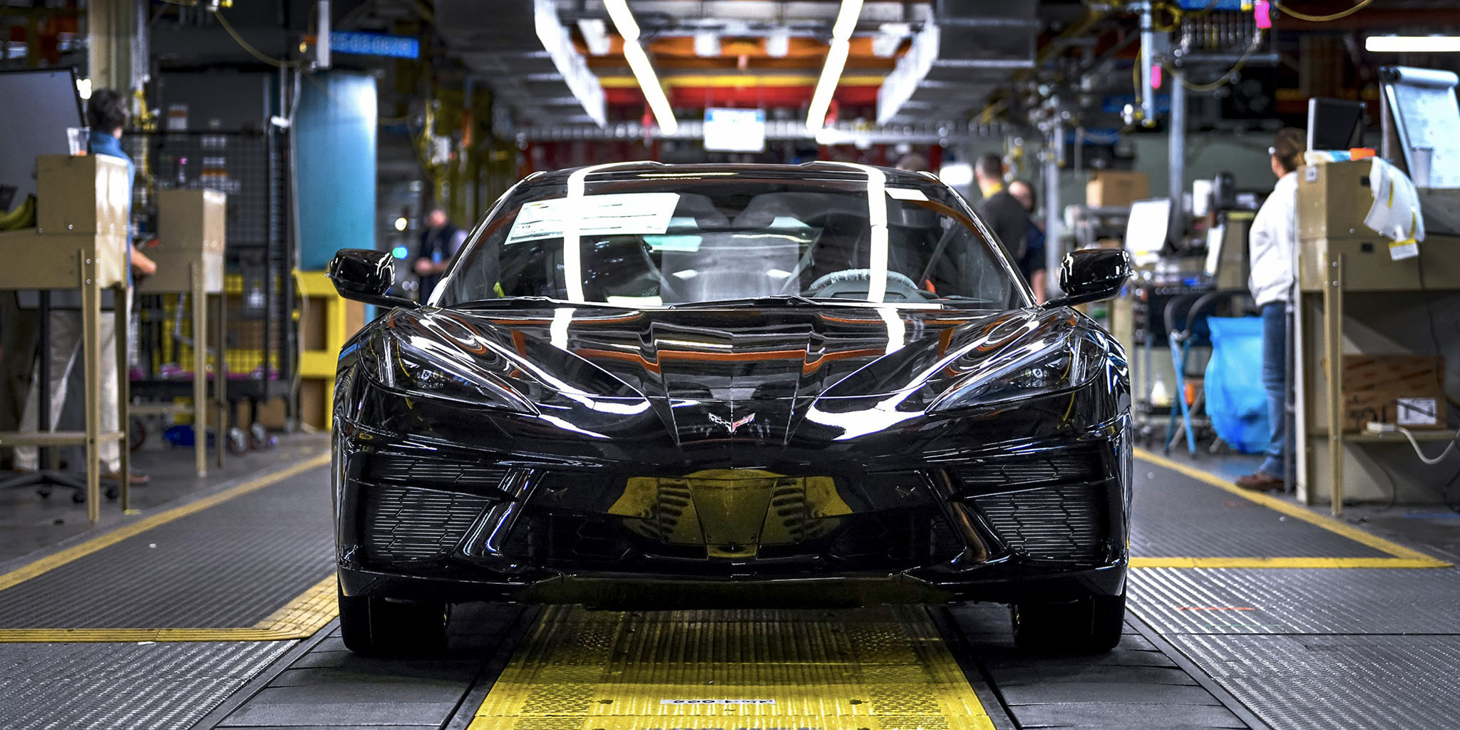 2020 Chevrolet Corvette Stingray production is officially underway thumbnail