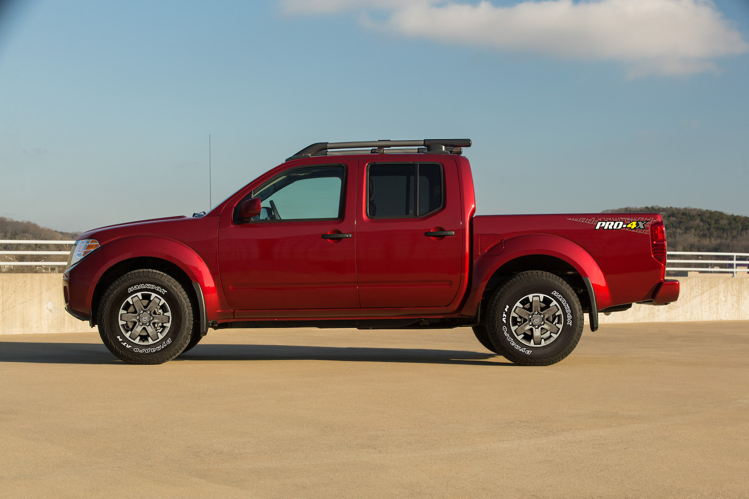 2020 Nissan Frontier side-view