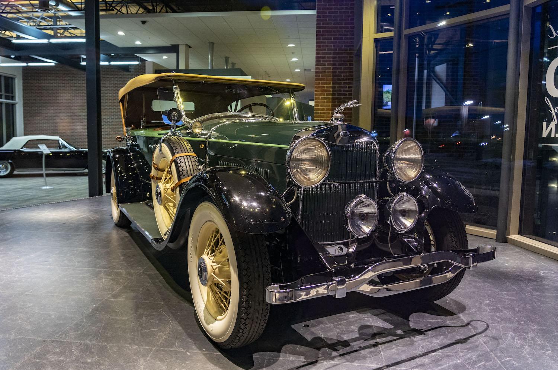 1928 Model L front three-quarter