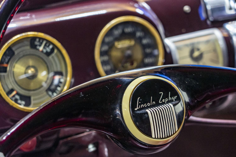1940 Zephyr wheel closeup