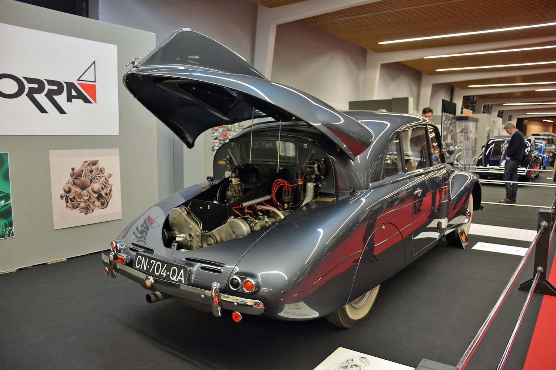 rear three-quarter open engine bay