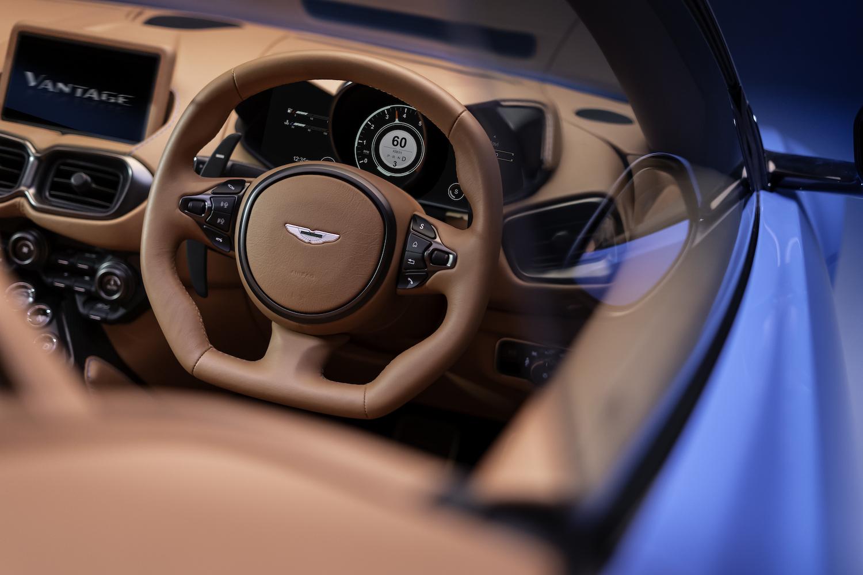 2020 vantage roadster front steering wheel