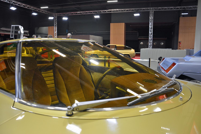 1972 Citroen GS Camargue windshield