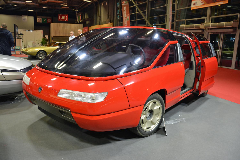 1988 Lamborghini Genesis front three-quarter