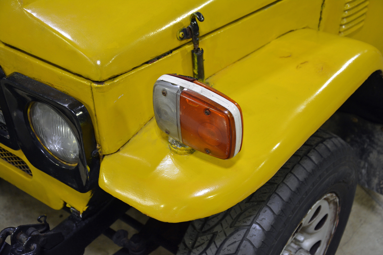 1982 Toyota Delta Mini Cruiser front signal closeup