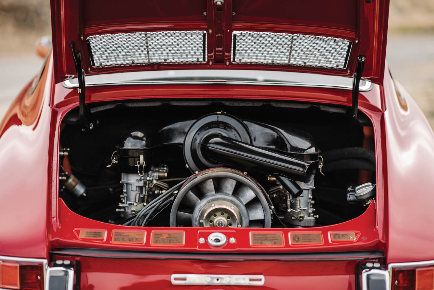 1967 Porsche 911 S Coupe engine