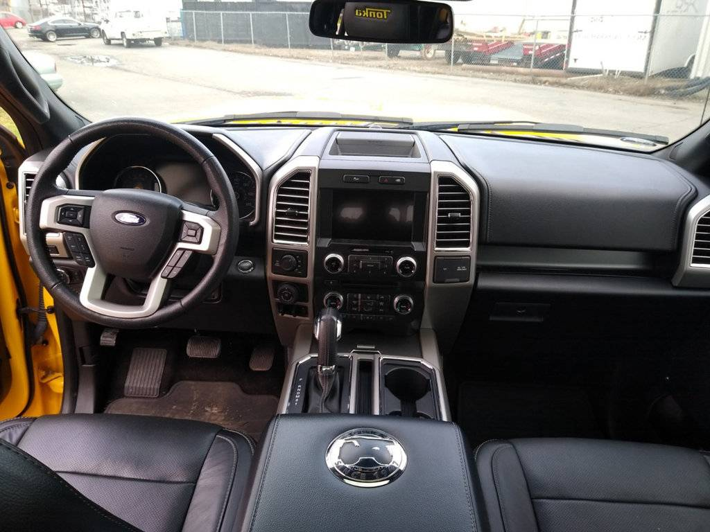 2016 Ford F-150 Tonka Edition interior front