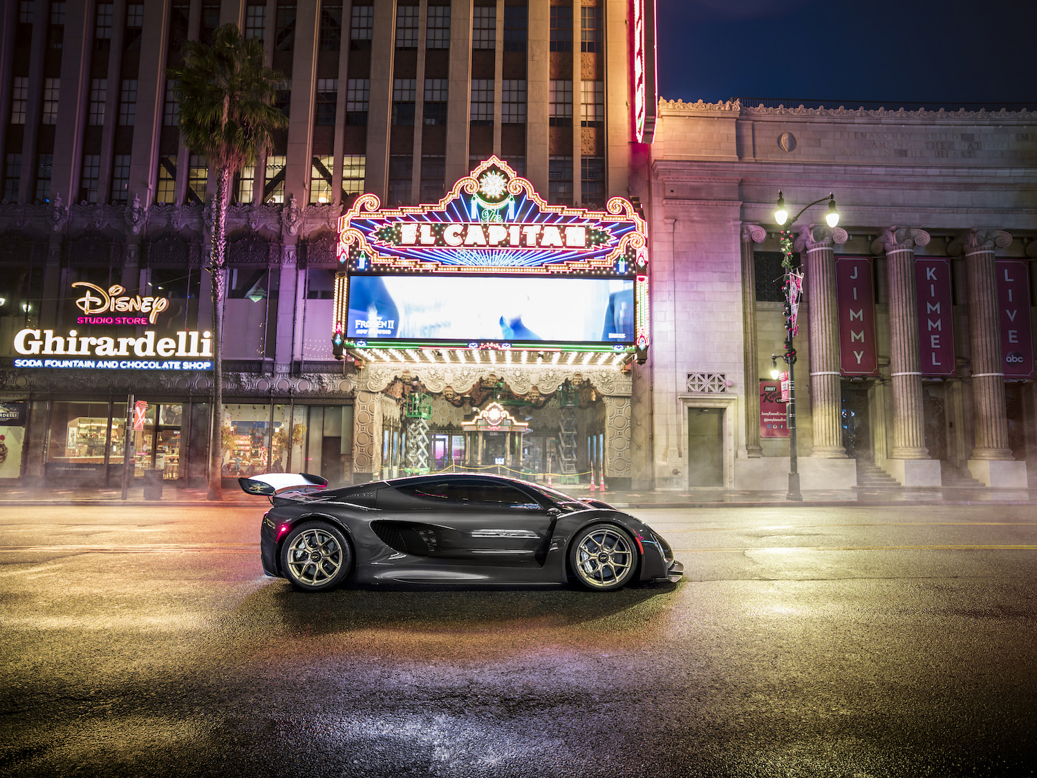 Czinger 21C 3D print hybrid supercar side-view in hollywood