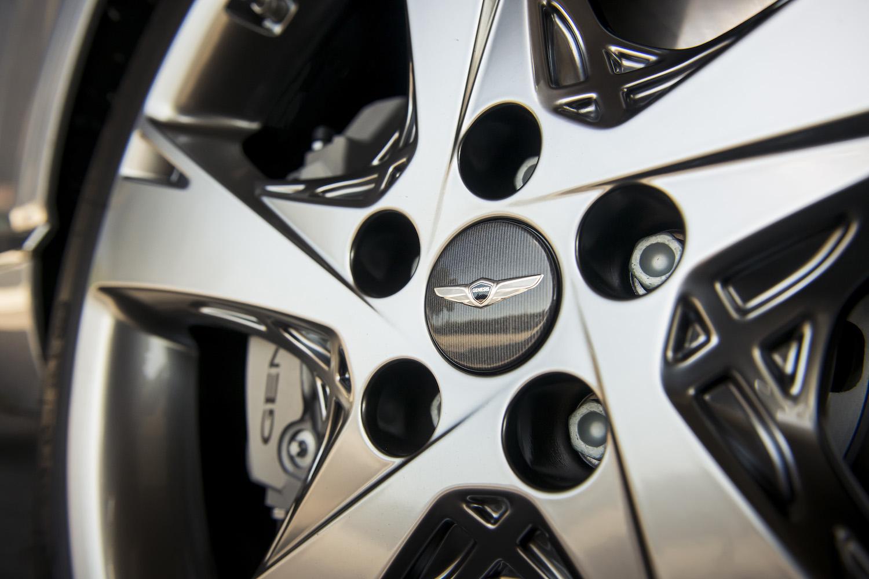 Genesis gv80 suv wheel closeup