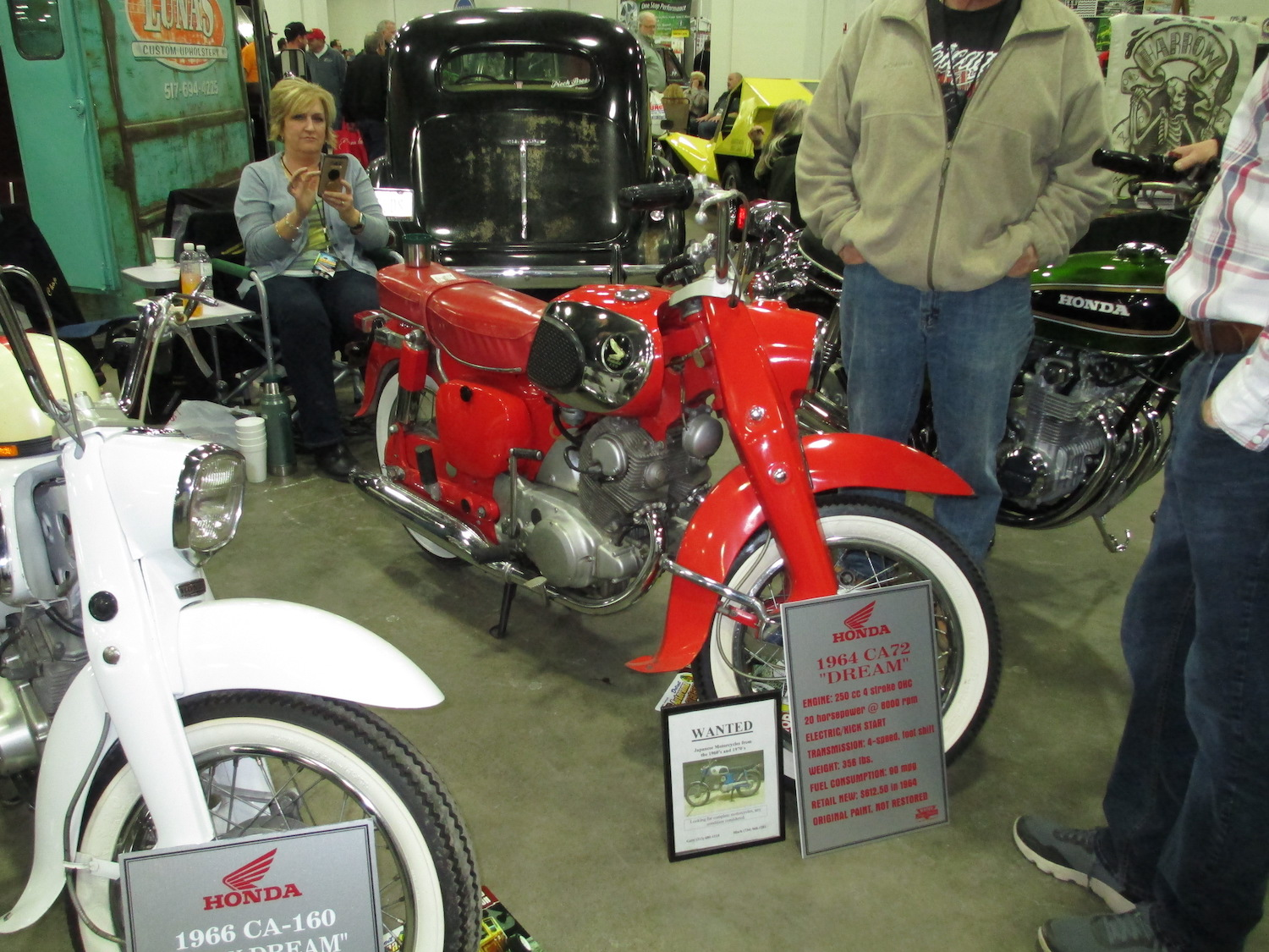 1964 ca72 red motorcycle