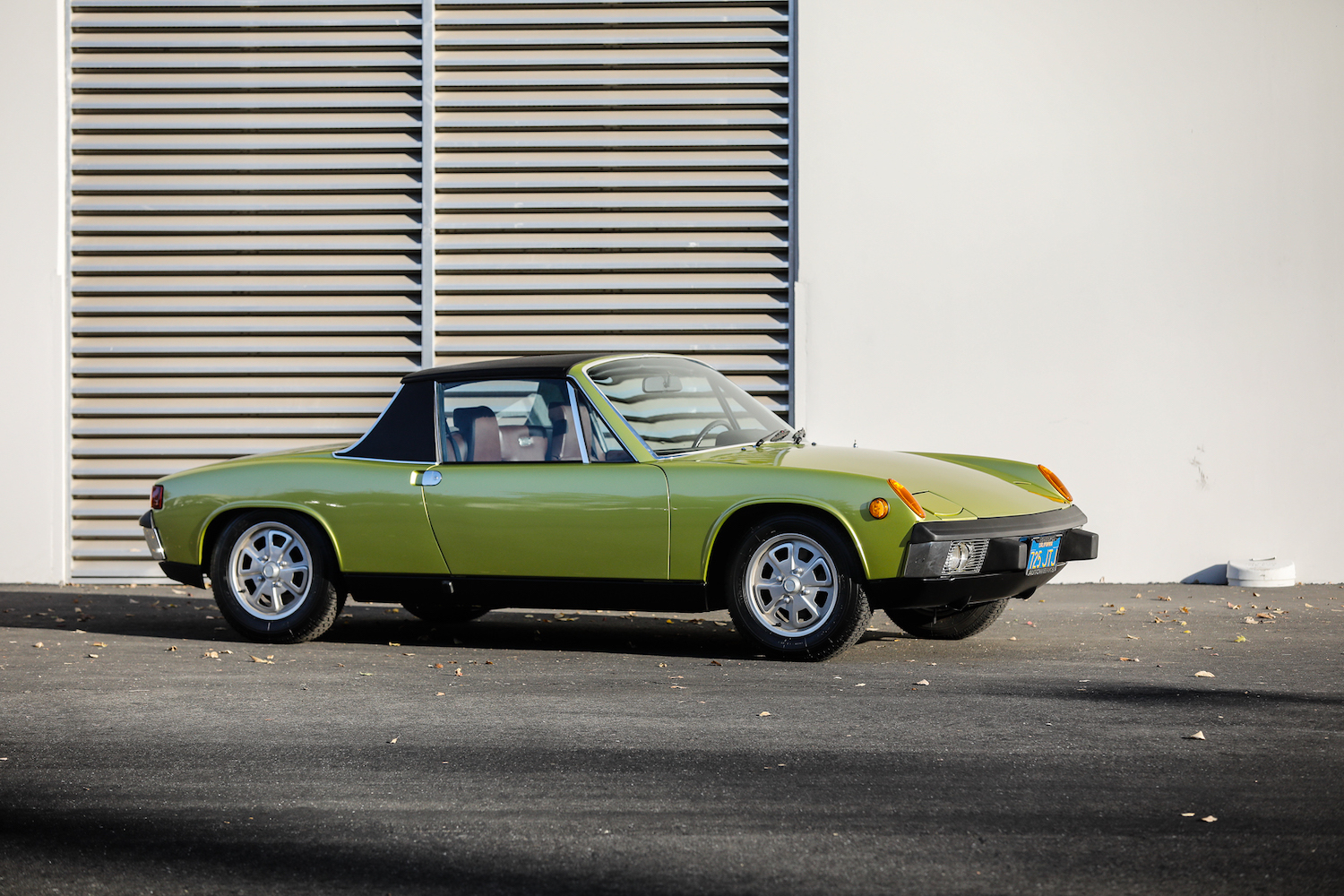 1973 Porsche 914 front three-quarter