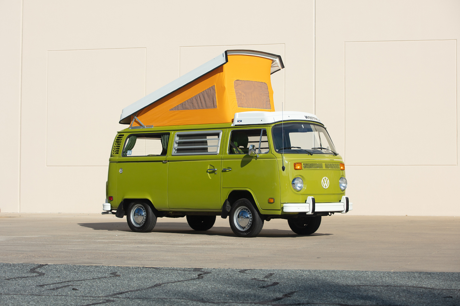 1978 volkswagen westfalia front three-quarter