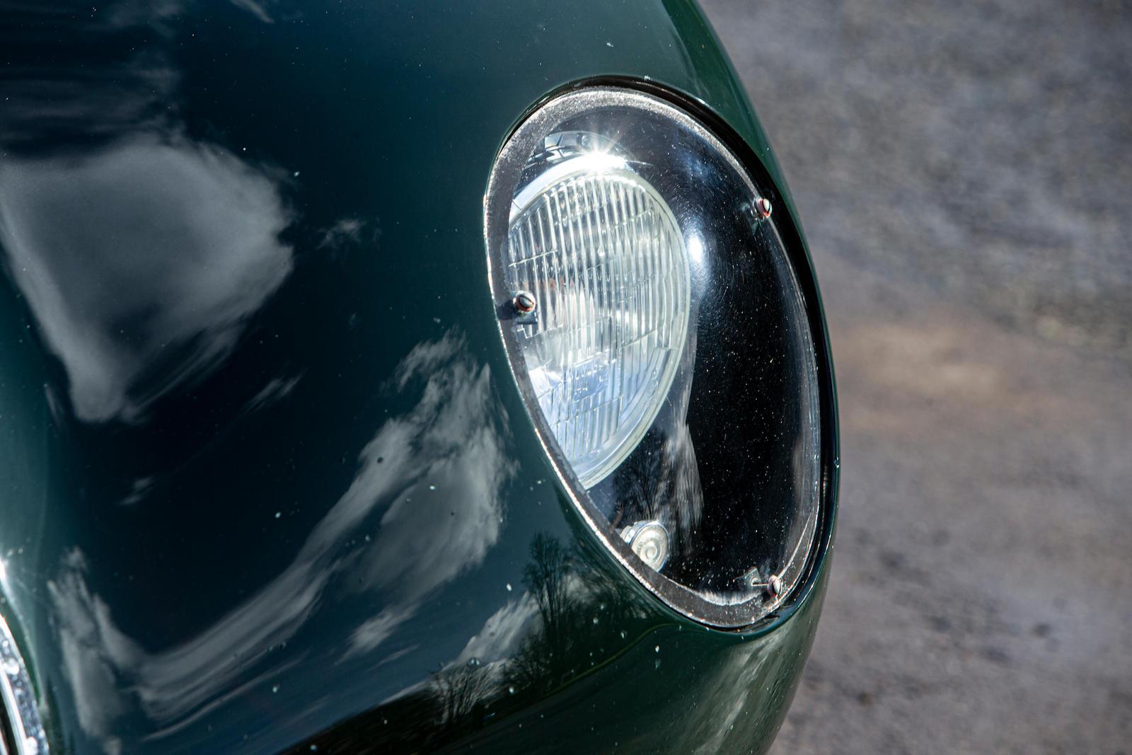 1952 Jaguar XK120 C-Type front headlight