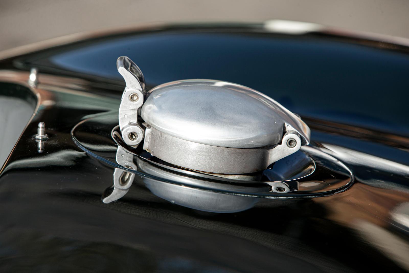 1952 Jaguar XK120 C-Type fuel cap