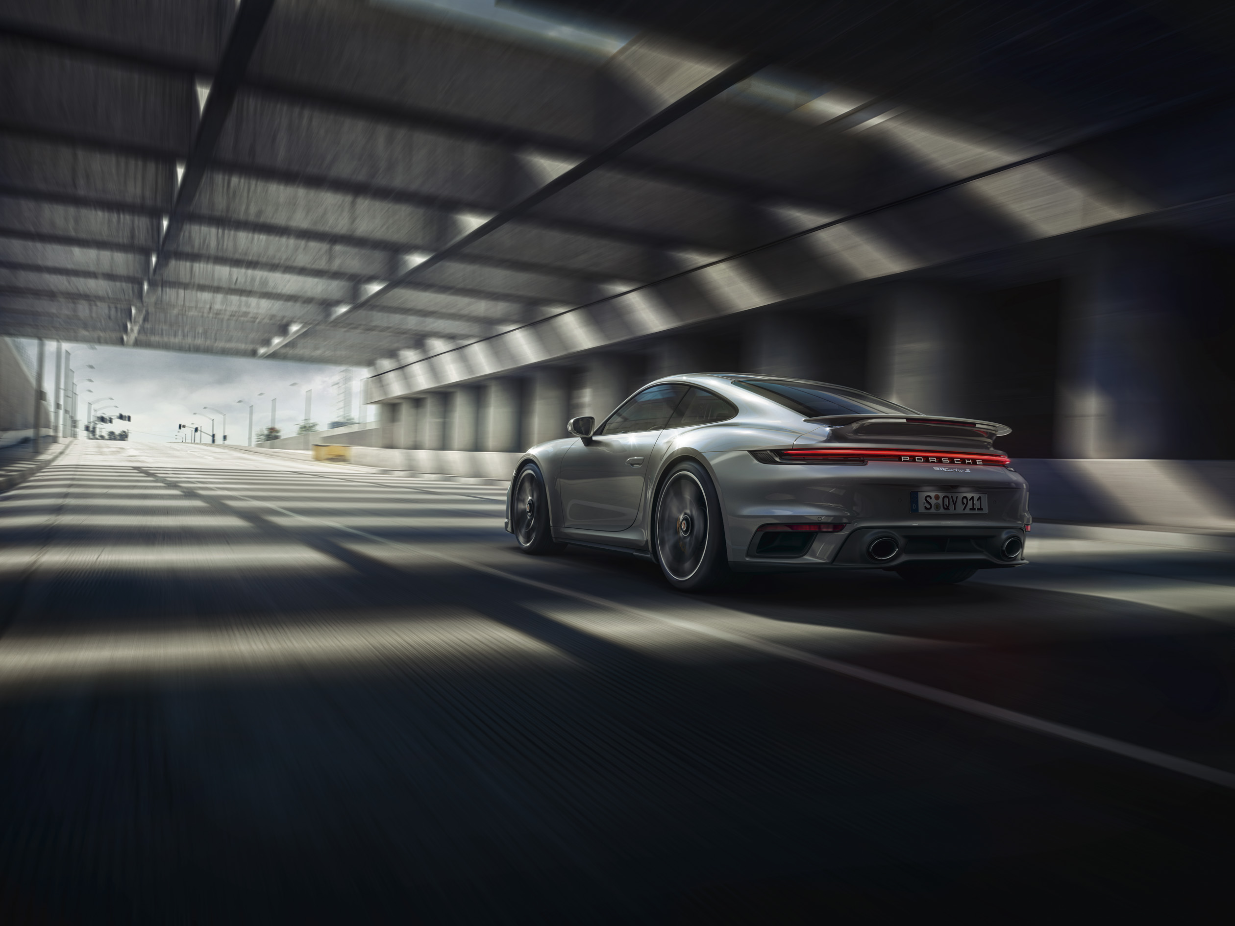 Porsche 911 Turbo S rear 3/4