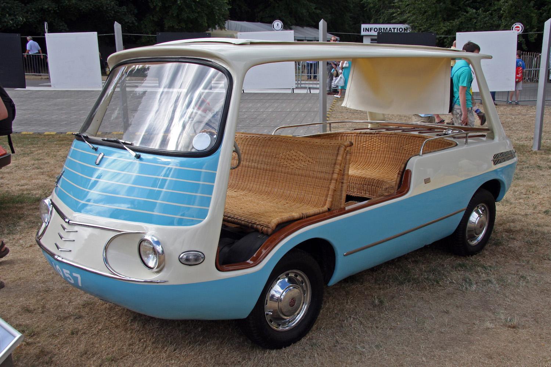 1957 Fiat 600 Multipla Marinella front three-quarter