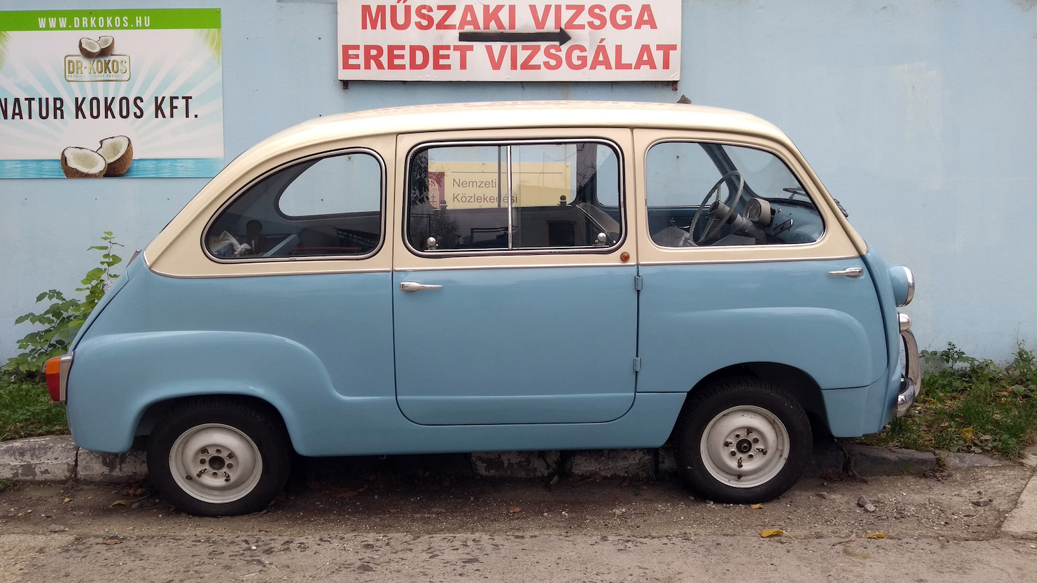 Fiat 600 Multipla side-view