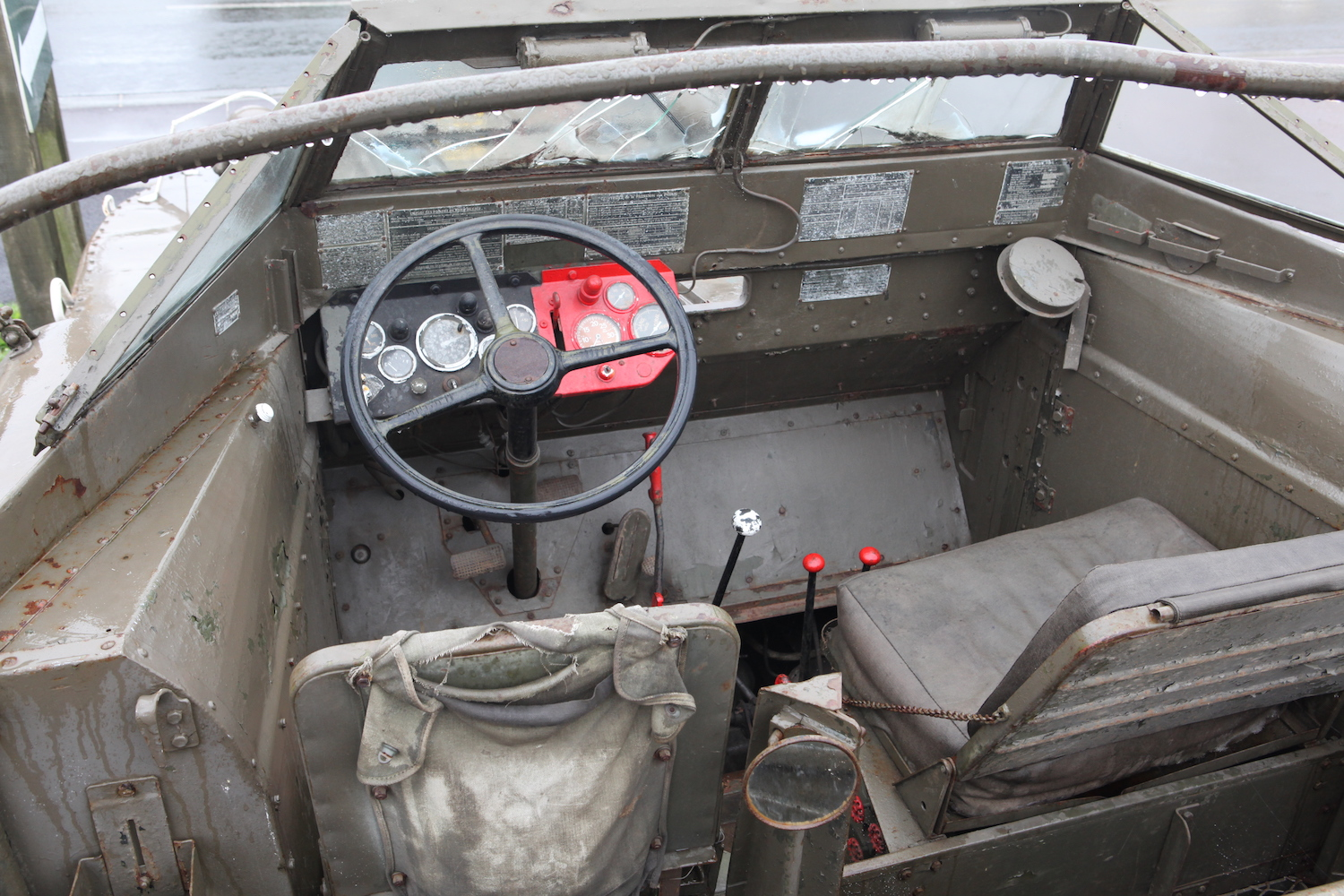 dukw front dashboard seats shifters and wheel