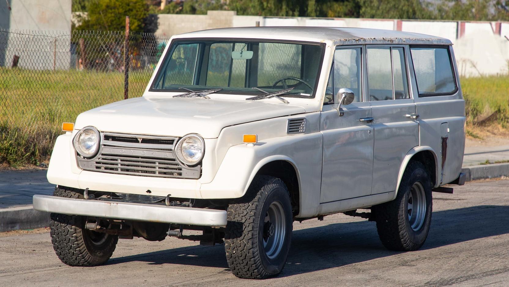 1970 Toyota FJ-55 Land Cruiser