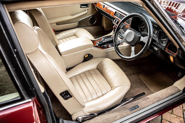 1986 Jaguar XJ-S TWR V12 HE 6.1-Litre Lynx Eventer Sports Estate interior front
