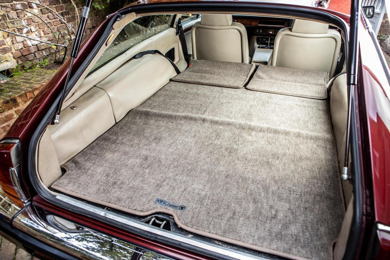 1986 Jaguar XJ-S TWR V12 HE 6.1-Litre Lynx Eventer Sports Estate rear interior room