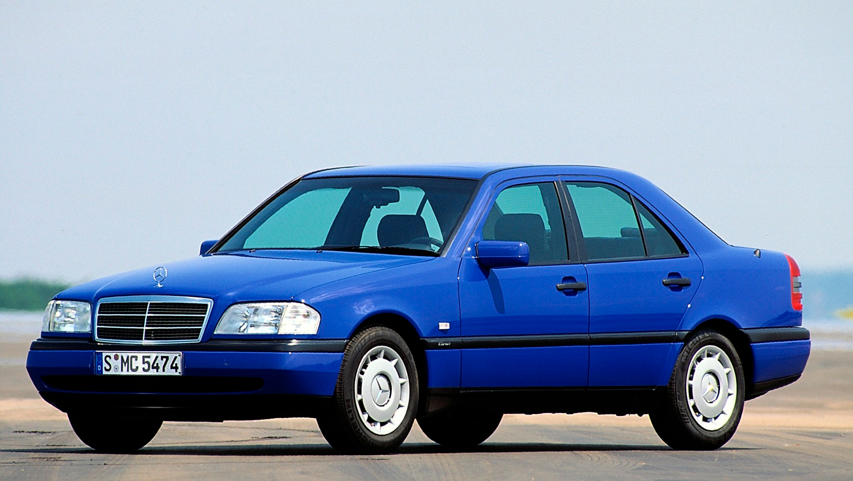 classic c-class sedan front three-quarter