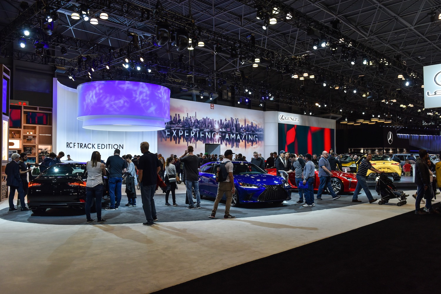 2020 New York auto show delayed until August thumbnail