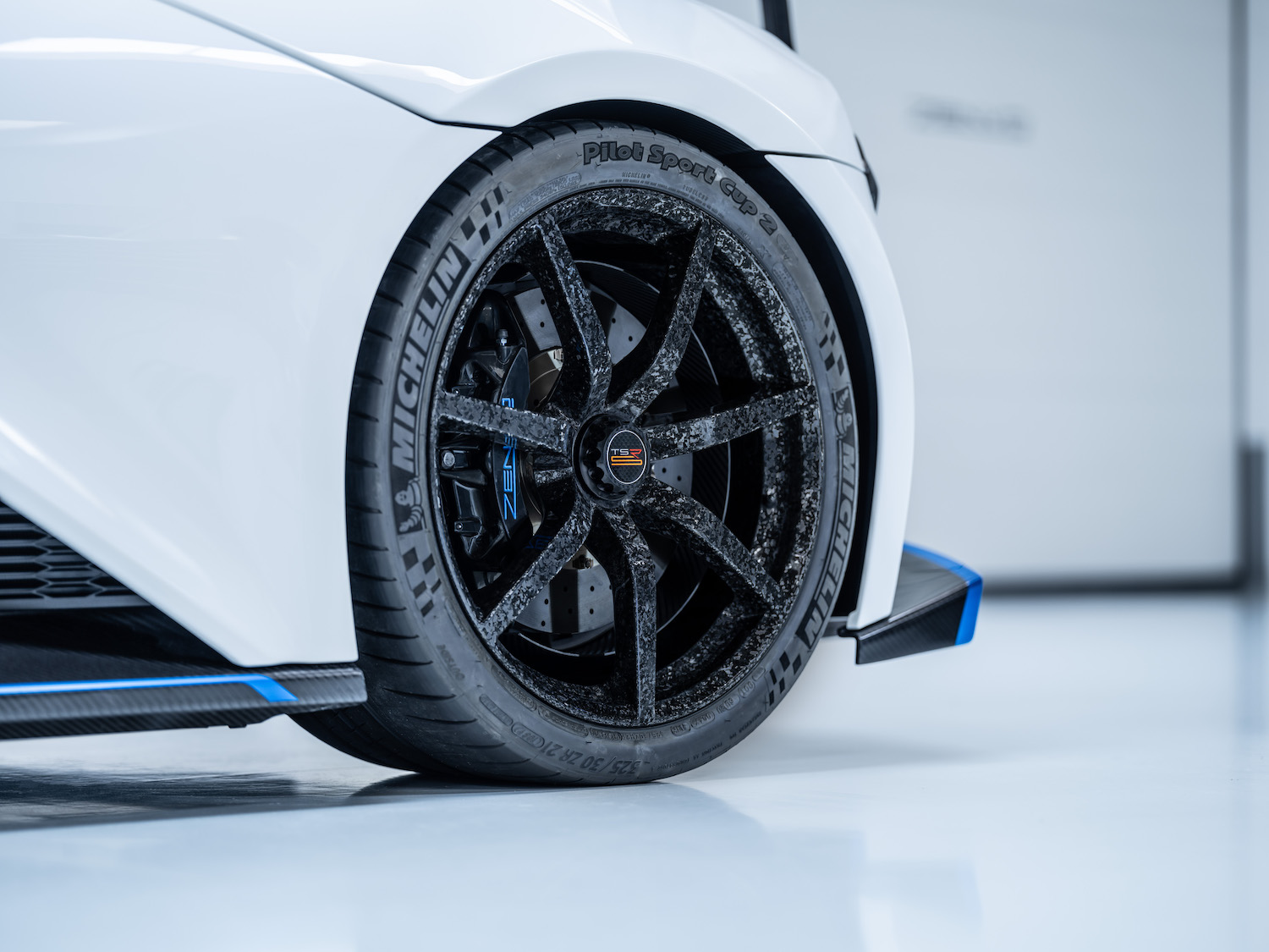 Zenvo tsr-s supercar rear wheel