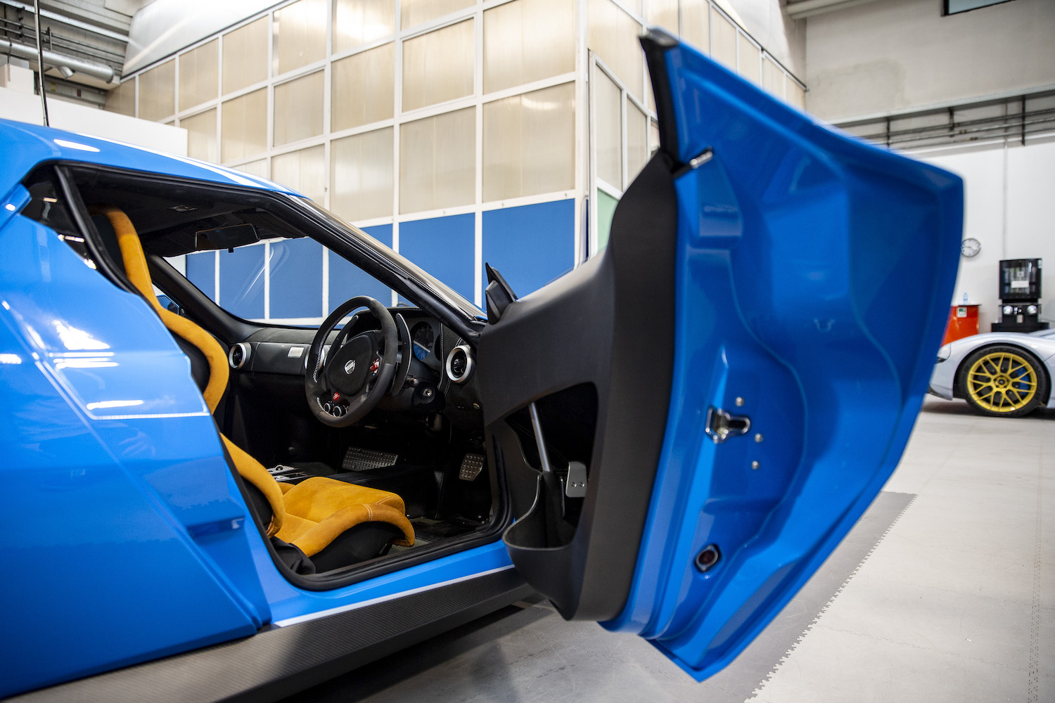 stratos car open door interior