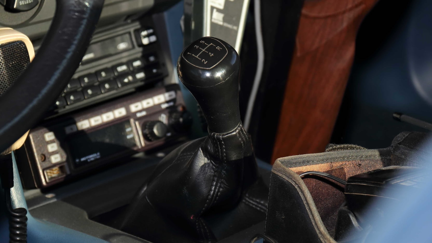 1989 Ford Mustang ssp police car shifter