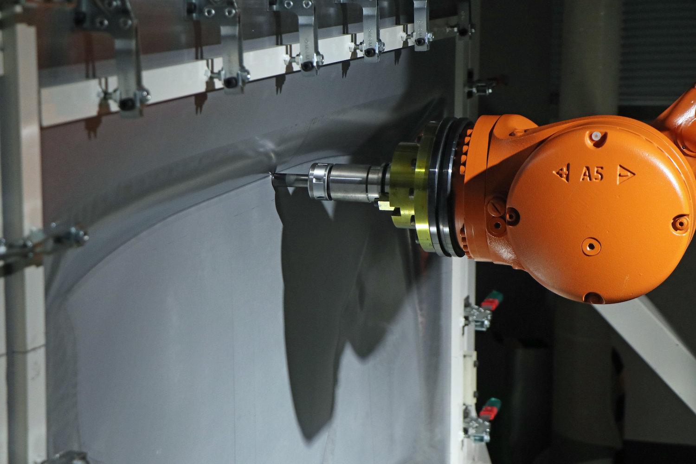 robot stamping steel