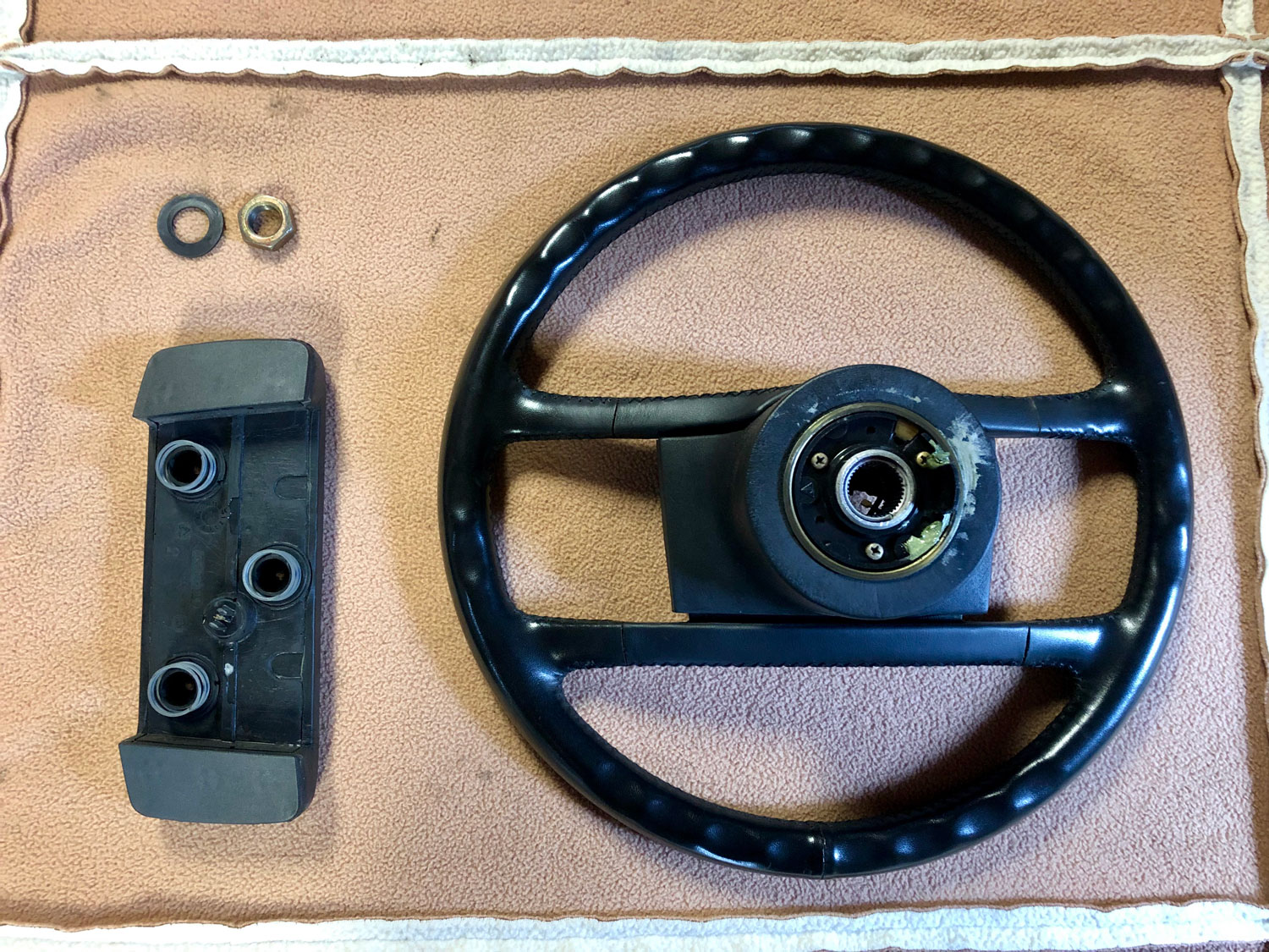 wonky Porsche steering wheel